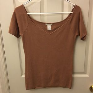 H&M v neck brown knit short sleeve blouse
